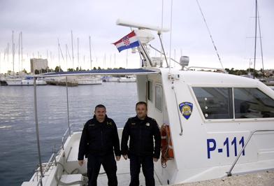 Hrvatska policija uzaptila talijansku ribaricu!